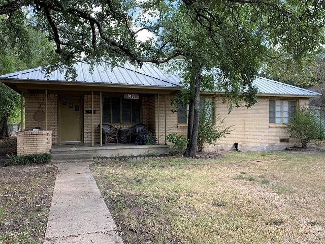 Real Estate Sales Team Serving College Station, TX